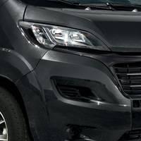 carrosserie noire Vans